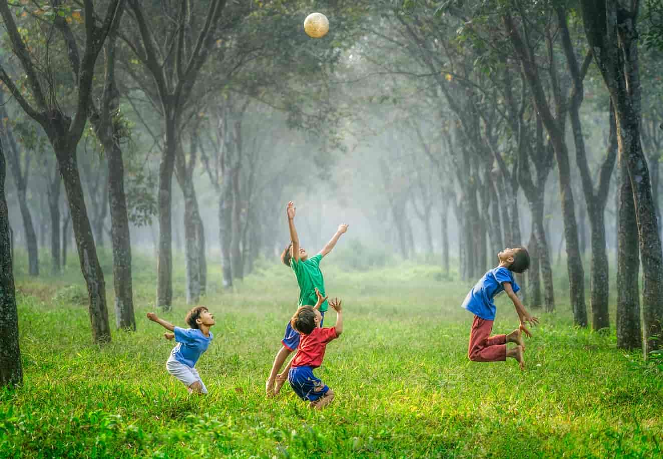 Image | children jumping in the air