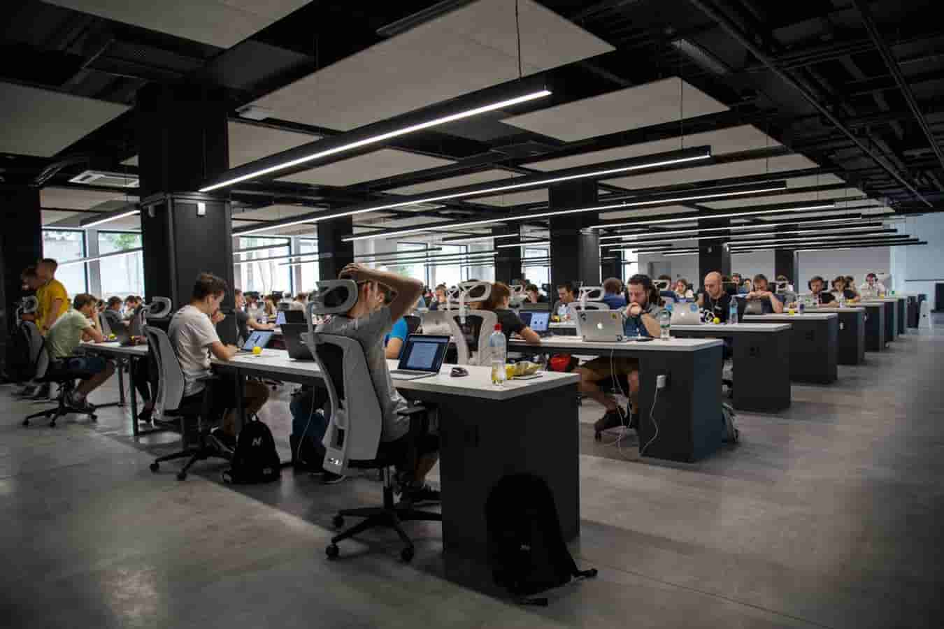 Image | open floor work space with people working on computers